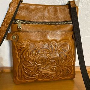 NWT Patricia Nash crossbody leather tan